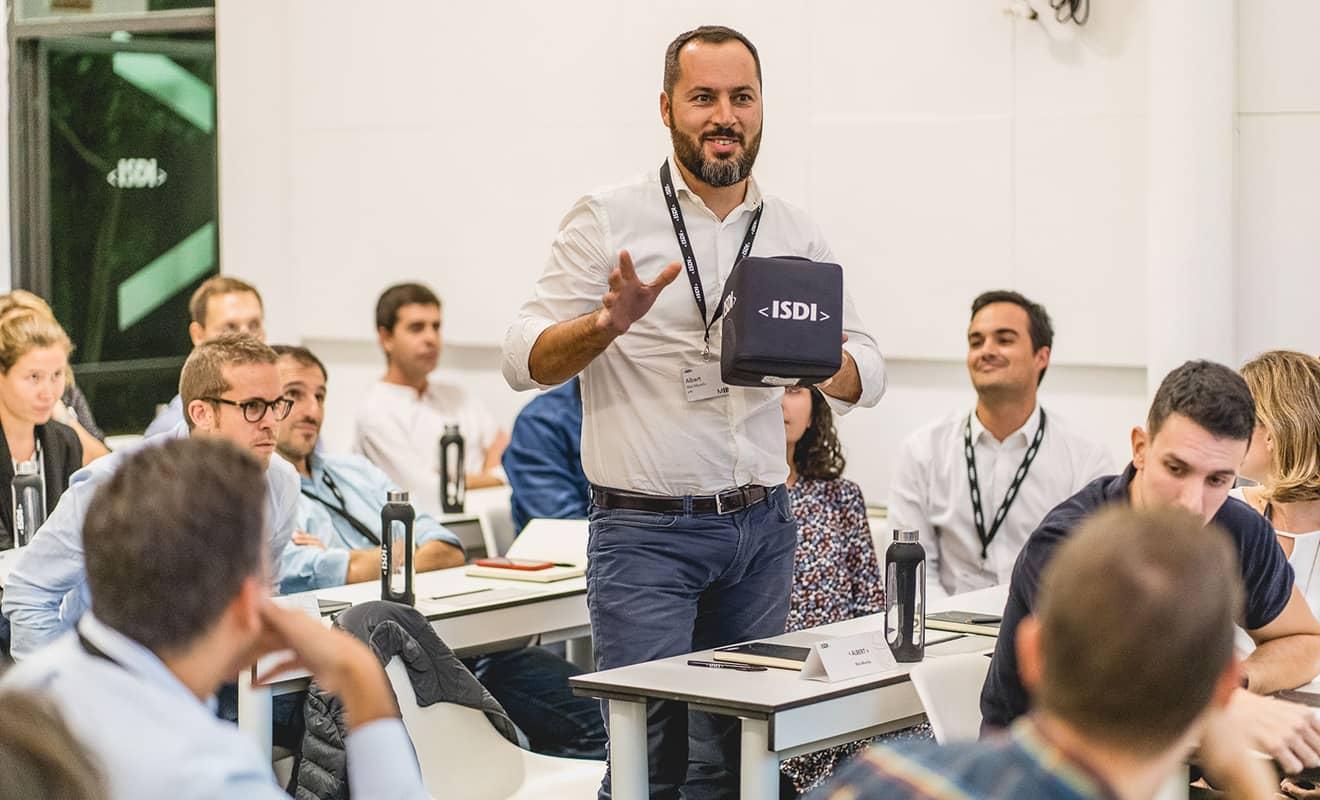 Experiencia formativa y éxito profesional de los alumnos de ISDI CRM